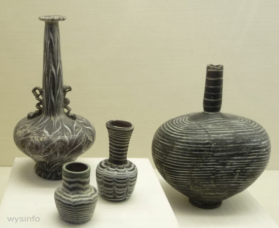 Islamic bottles with delicae thread design